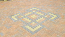 Block paving with decoration